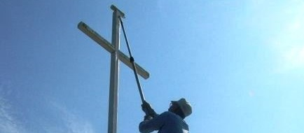 Painting cross